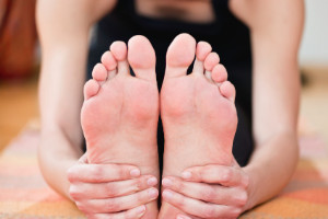 How Stretching The Toes Can Benefit A Yoga Practice